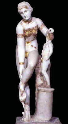 @carmen_caesaris @MaestrosCostura @AbelArana @rutahistoriafm @Historia2punto0 @cylareacts @SertoriiCerva @AugustTarragona @NCDrusus38 El bikini más bonito de la antigüedad lo lleva esta Venus de #Pompeya