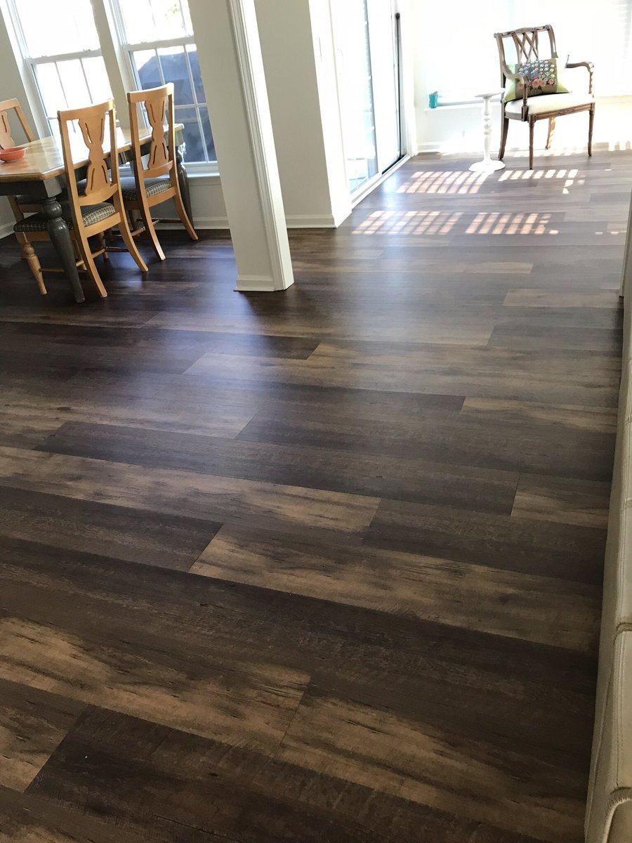 #COREtec flooring! pic.twitter.com/ZZYCFXsdqa