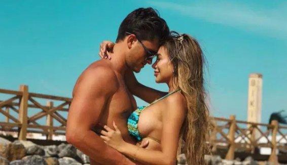 Hot Tits Kelly Rowan  nudes (44 photos), Instagram, underwear