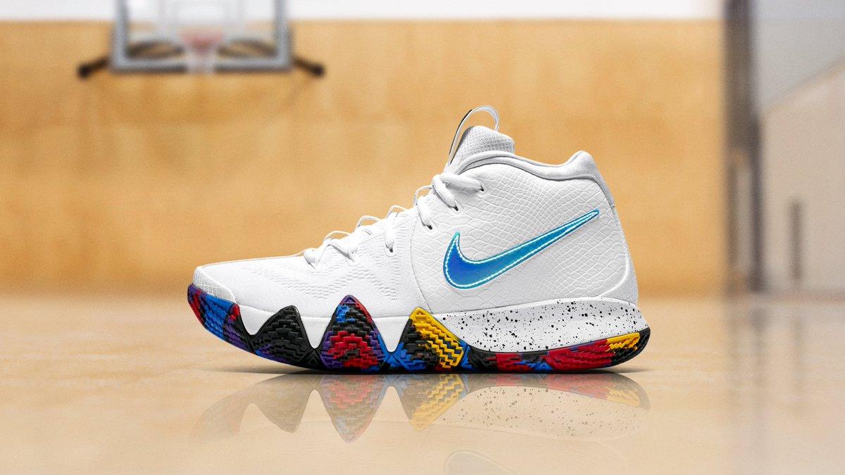 c70e92641f8aa Nike Kyrie 4
