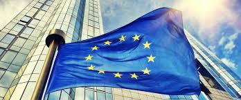 7.35 Apriamo con le dichiarazioni di @matteosalvinimi e @luigidimaio –si può sforare il tetto del 3% nel rapporto tra #deficit e Pi-, per parlare della possibile reazione europea – con Padoan che parla di Italia come elemento di incertezza. @UnioneEuropea @Radio1Rai #Radioanchio  - Ukustom