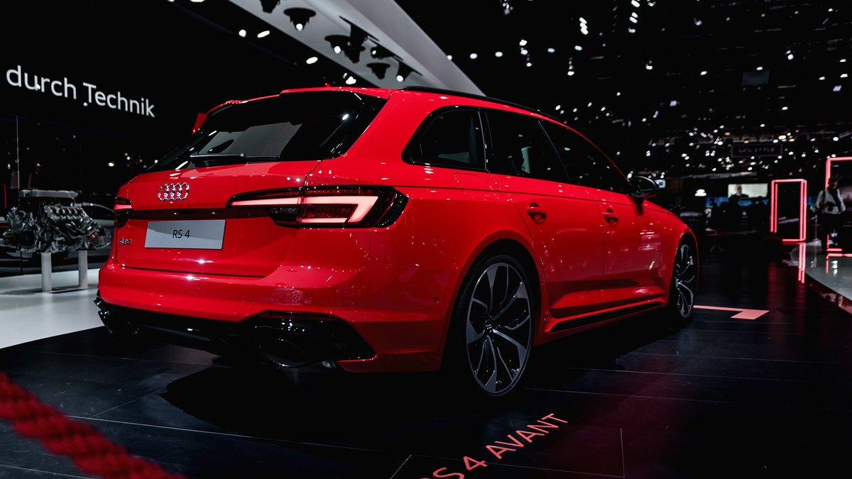 Audi Uk On Twitter Geneva Meet Audi S All Electric Audi E Tron