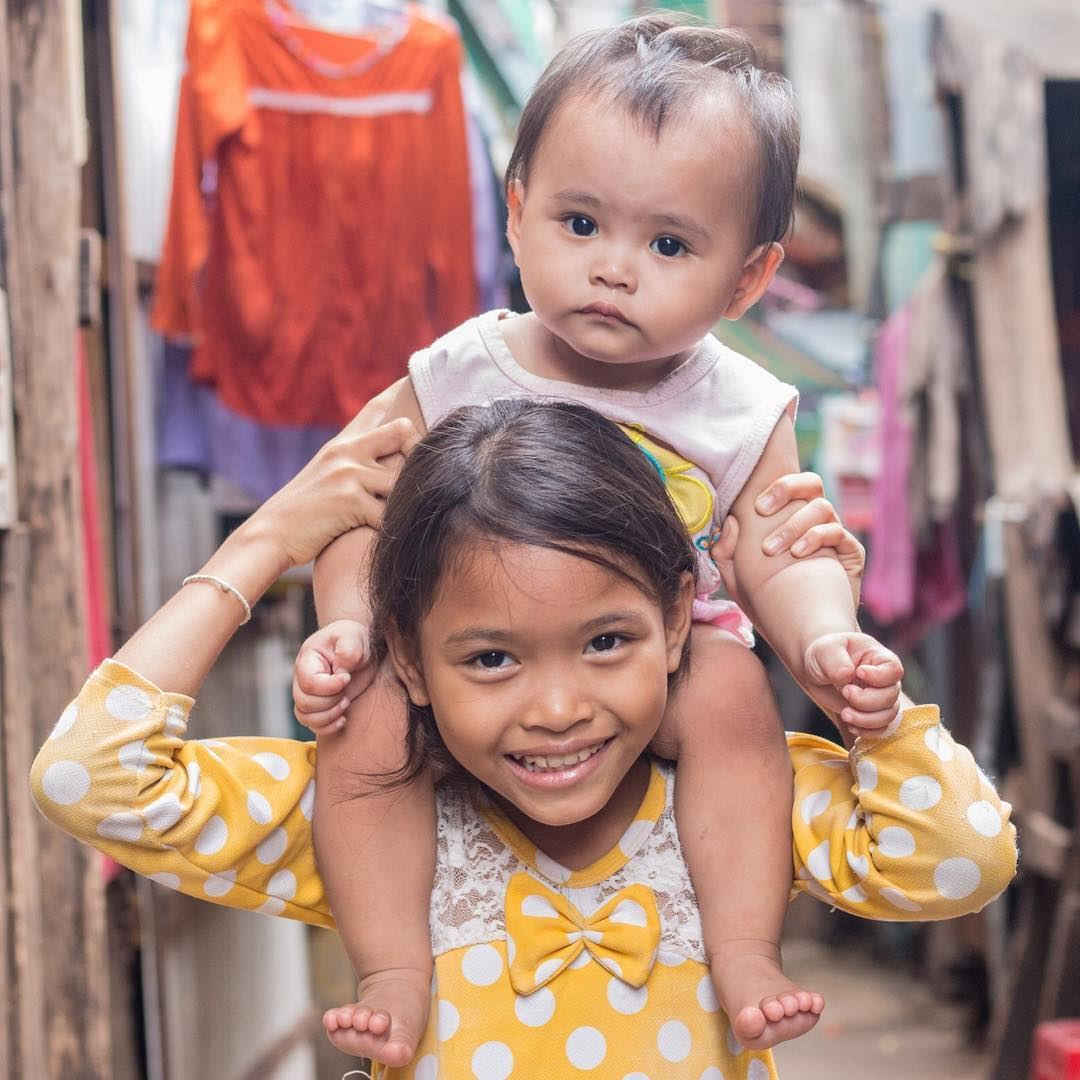 Love. Share. Smile. #ForEveryChild, a loving environment. @UNICEFCambodia