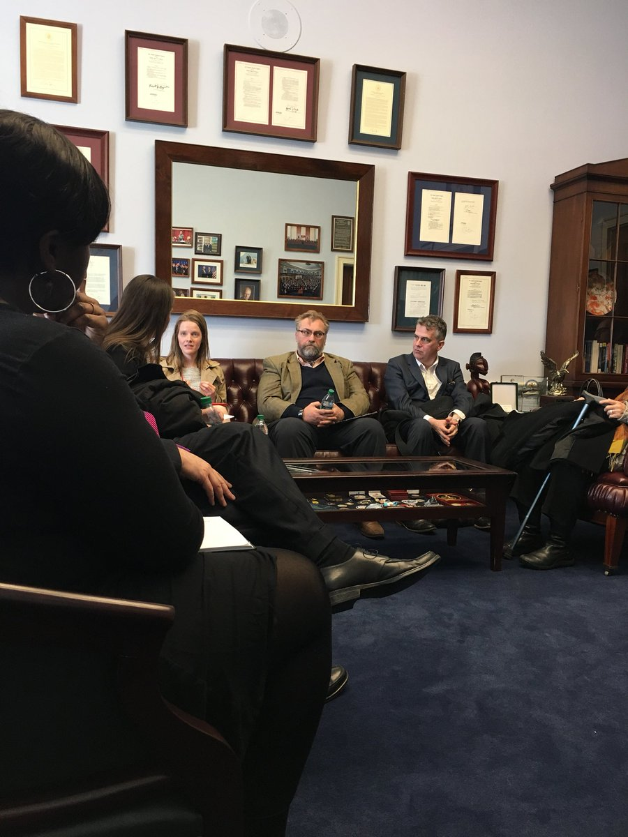 Spending the last office visit of #ArtsAdvocacy day with @RepHankJohnson's staff. #UnitedForTheArts