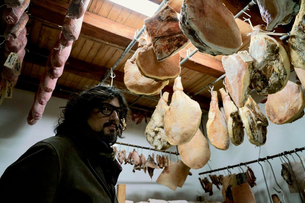 """La sala dei """"lampadari""""!   #Ale4Ristoranti  - Ukustom"""
