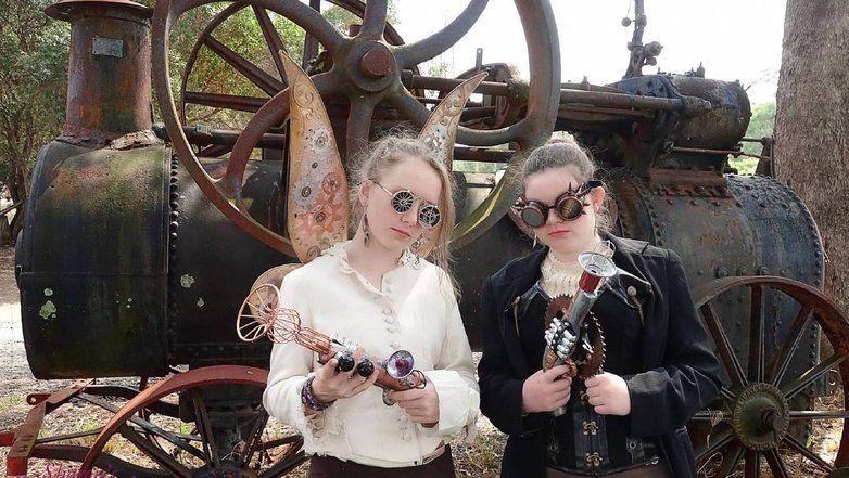 Unique fair for all #timetravellers #steampunk  https://t.co/DC9T7byl1s