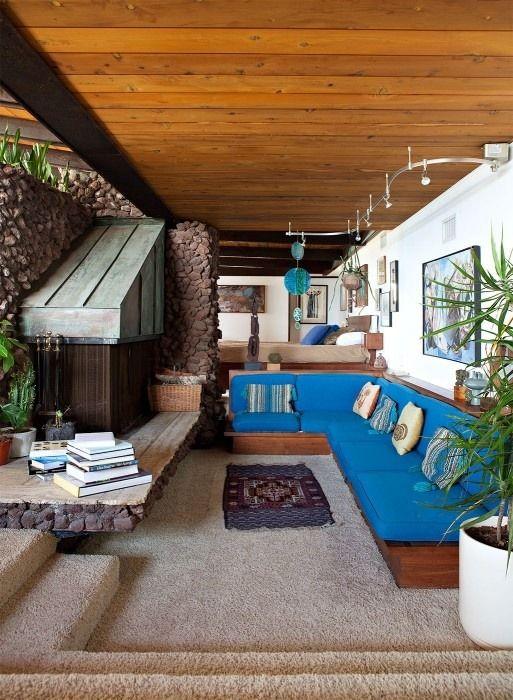 '70s INTERIORS: The Sunken Living Room superseventies.tumblr.com/post/171834495… 1/2