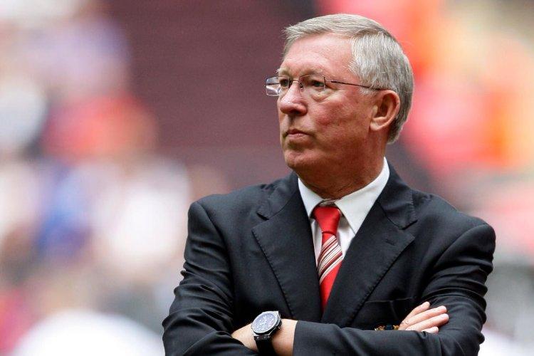 Poucos poderiam ter arrogância, qualidade e genialidade que Alex Ferguson, nunca eu sua carreira diminuiu o United, sempre deixou claro a todos, que o vermelho de Manchester iria passar o Liverpool e assim foi, muitos passam por esse clube, mas poucos são lembrados como lendas.