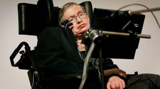 A los 76 años muere #StephenHawking, fís...