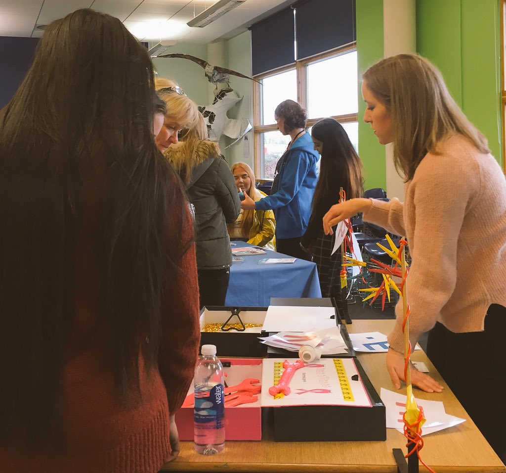 Great to meet more students @coleggwent #researchengagement #scicomm #activities #pinkspanner  #Cancerprevention #NoSmokingDay2018 #BritishScienceWeek<br>http://pic.twitter.com/cDOXkzEzMT