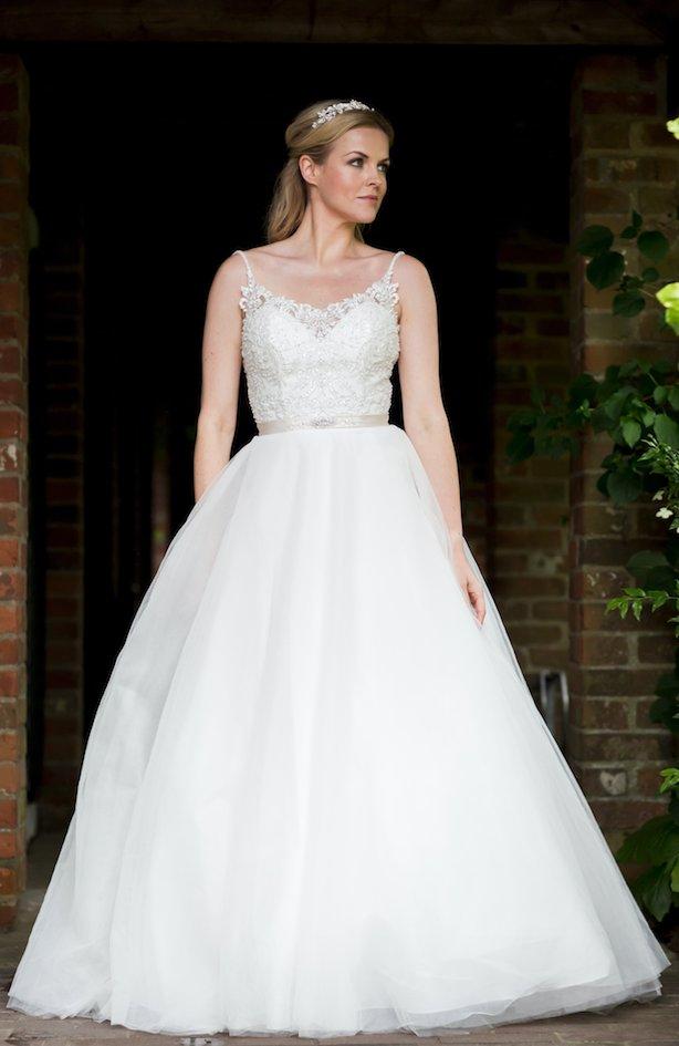 #DressOfTheDay We love this @VictoriakayKay gown. See more here https://t.co/czuzSyXJeU ❤️ #wedding #dress #inspiration #bridal #SouthWales #YSWW #Swansea #Cardiff MB https://t.co/zLXOsZApEu