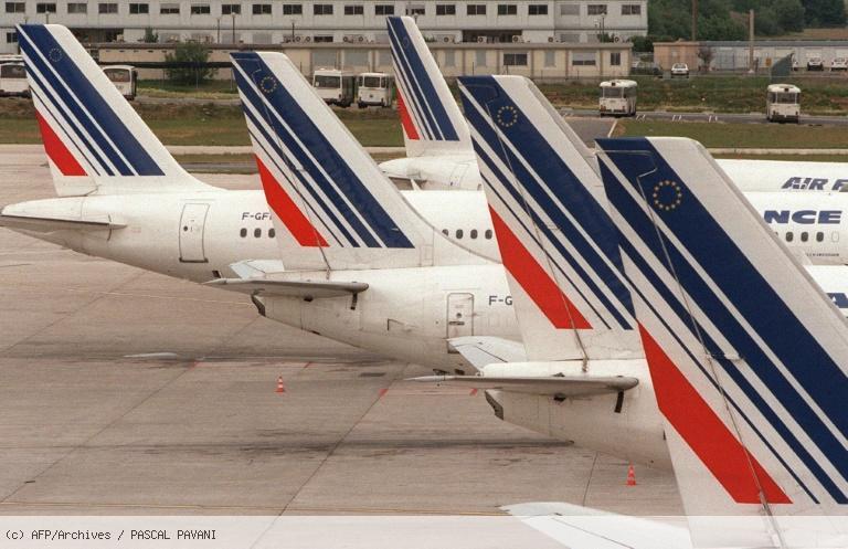Les pilotes d'Air France votent à 71% pour le principe d'une grève longue https://t.co/7Gep7qpVUJ
