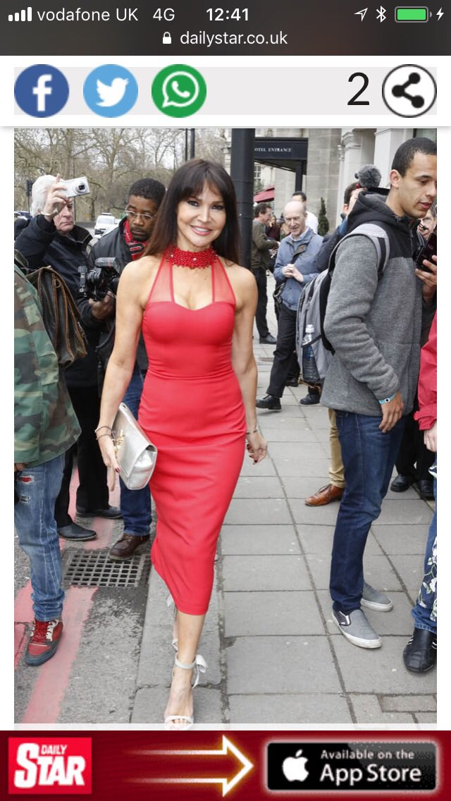 My gorgeous friend @lizziecundy looked stunning in my dress from @Piamichi collection at TRIC awards !!! 😍 https://t.co/bNhf2mww2Y