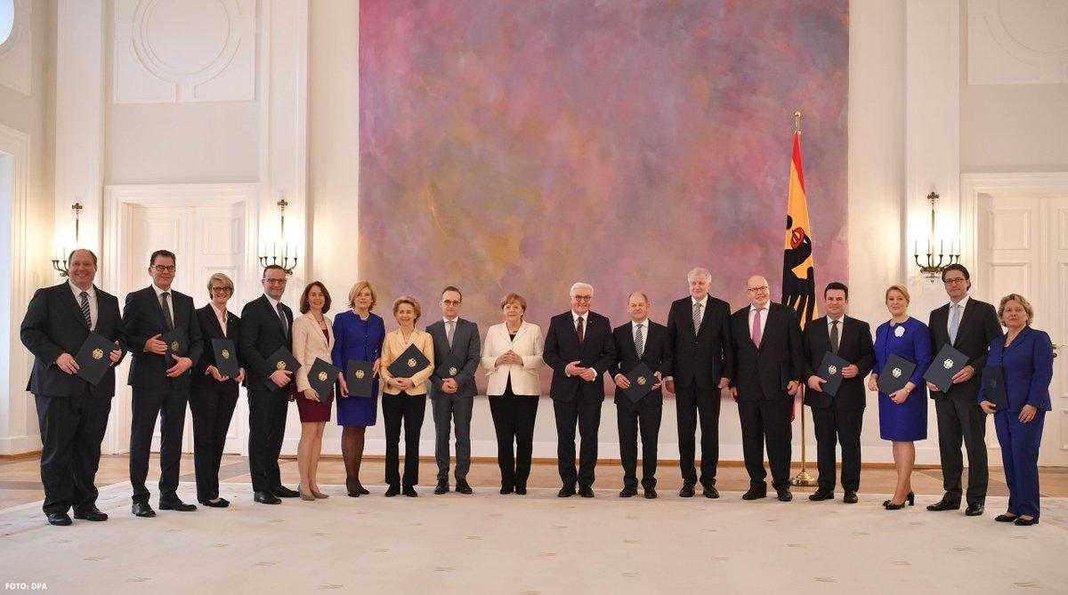 Wir gratulieren unseren sechs Ministerinnen und Ministern zu ihrer Ernennung! Der gesamten Bundesregierung wünschen wir viel Erfolg dabei, das Beste für die Menschen in unserem Land und in Europa zu erreichen.