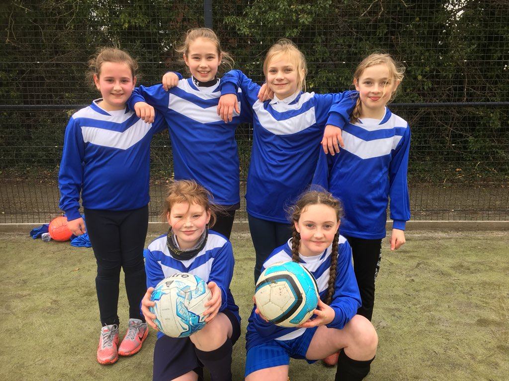 Year 5 girls football team are playing @MarchesSchool this afternoon. New kits are looking fantastic! #girlsfootball #football