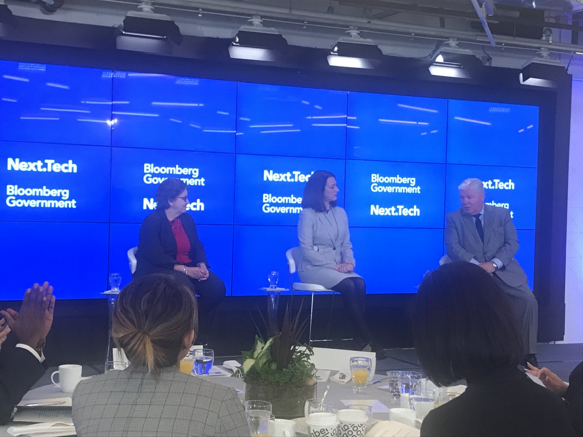 .@FEC Vice Chair Ellen Weintraub @FEC Chair Caroline Hunter discuss online campaign advertising at #BloombergNext. Moderated by @BGOV&#39;s @KenDoyle16<br>http://pic.twitter.com/nzh8AnlKxd