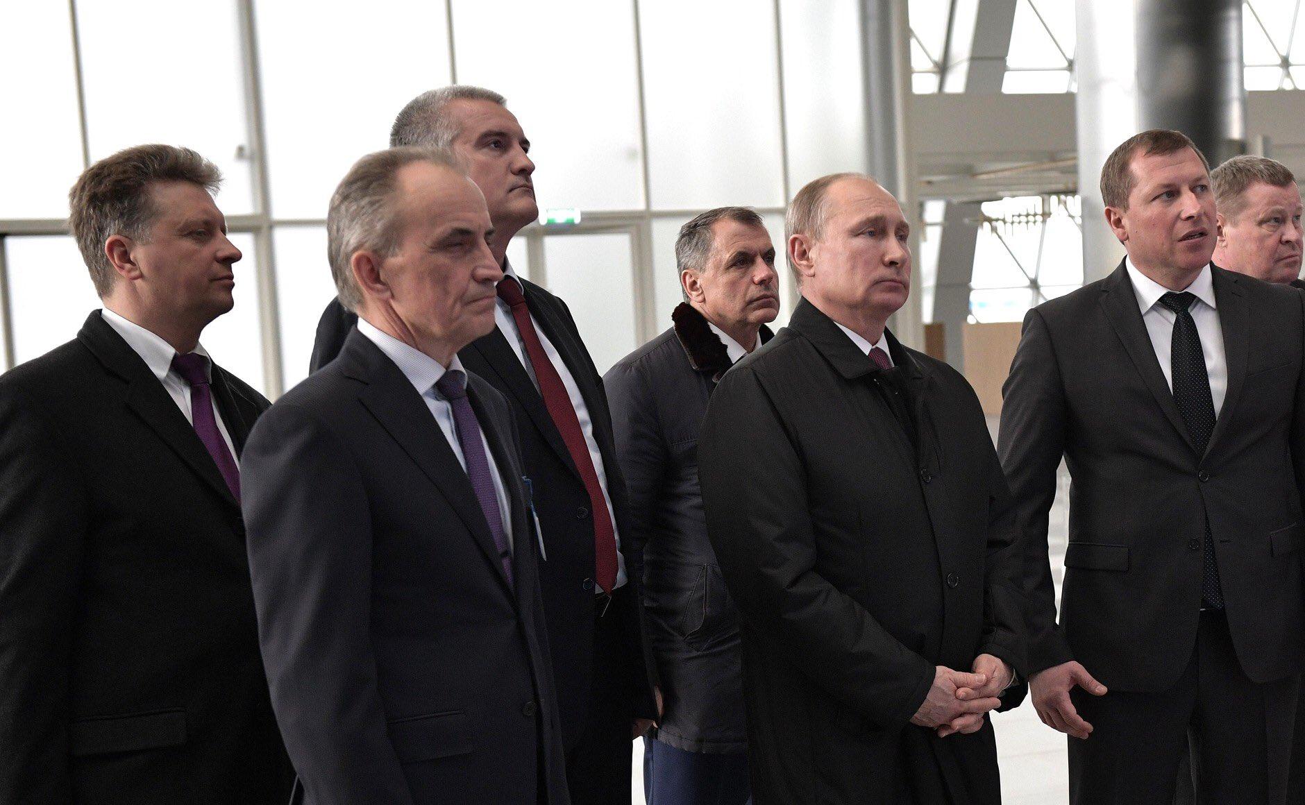 Путин в Крыму аэропорт 2018 фото