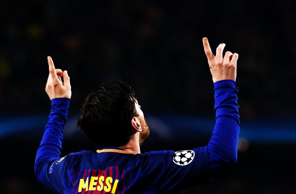 100 Goles en Champions 👑 https://t.co/hf...