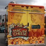#GLOBEForum Hungry? Check out #Vancouver's thriving #FoodTruck culture parked just steps away from the @VanConventions front doors! March 14-16 (11:00 AM – 2:00 PM) @coastfeastro @REELMacCheese @thereef