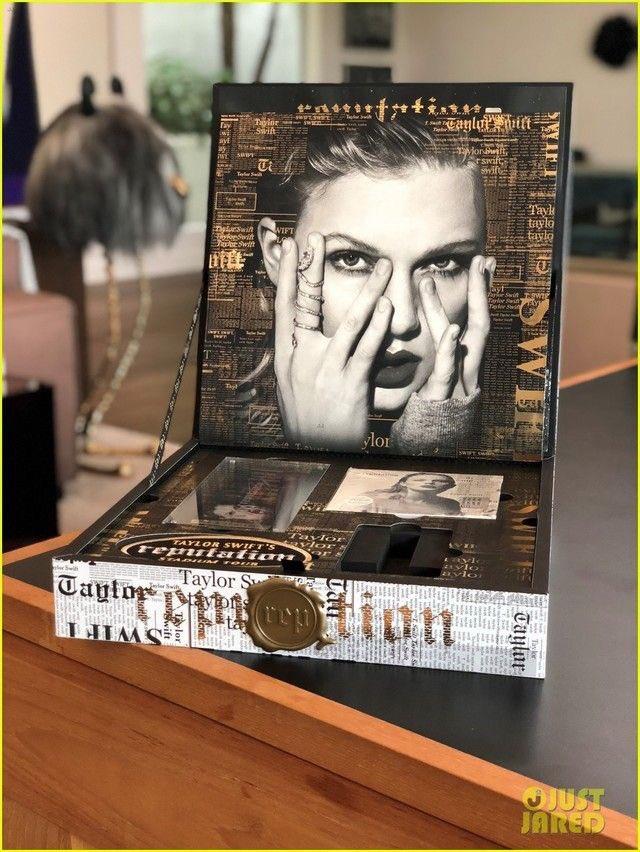 Taylor swift news on twitter the vip box and its contents for the the vip box and its contents for the reputationstadiumtour justjaredpicitterpwfv9gryxz m4hsunfo