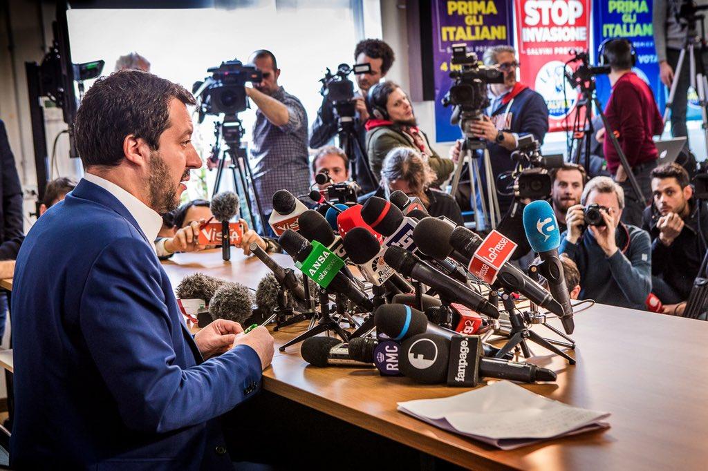 A nome della coalizione più votata ho ritenuto mio dovere telefonare a Di Maio, Martina e Grasso, per aprire dialogo su presidenze delle Camere in modo da perdere meno tempo possibile. Rendere più veloci e trasparenti regolamenti, tagliare vitalizi e spese inutili sarà priorità.