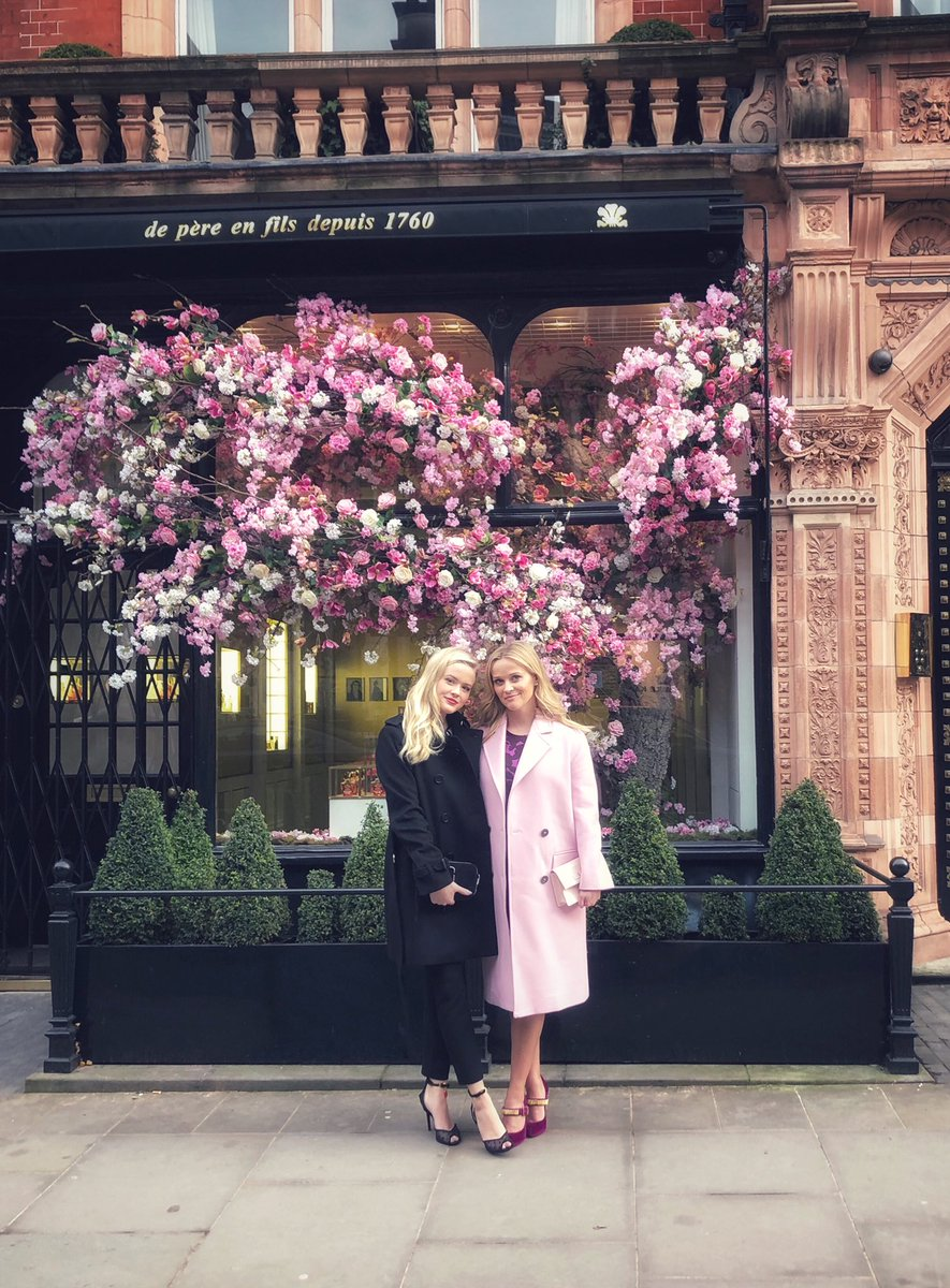 Everything's rosey in London! 🌸