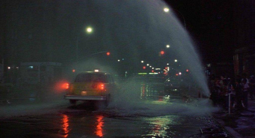 TAXI DRIVER (1976)   DP: Michael Chapman  Dir: Martin Scorsese More Shots: https://t.co/t8qkx8N9Xu https://t.co/Q26D54T8mO
