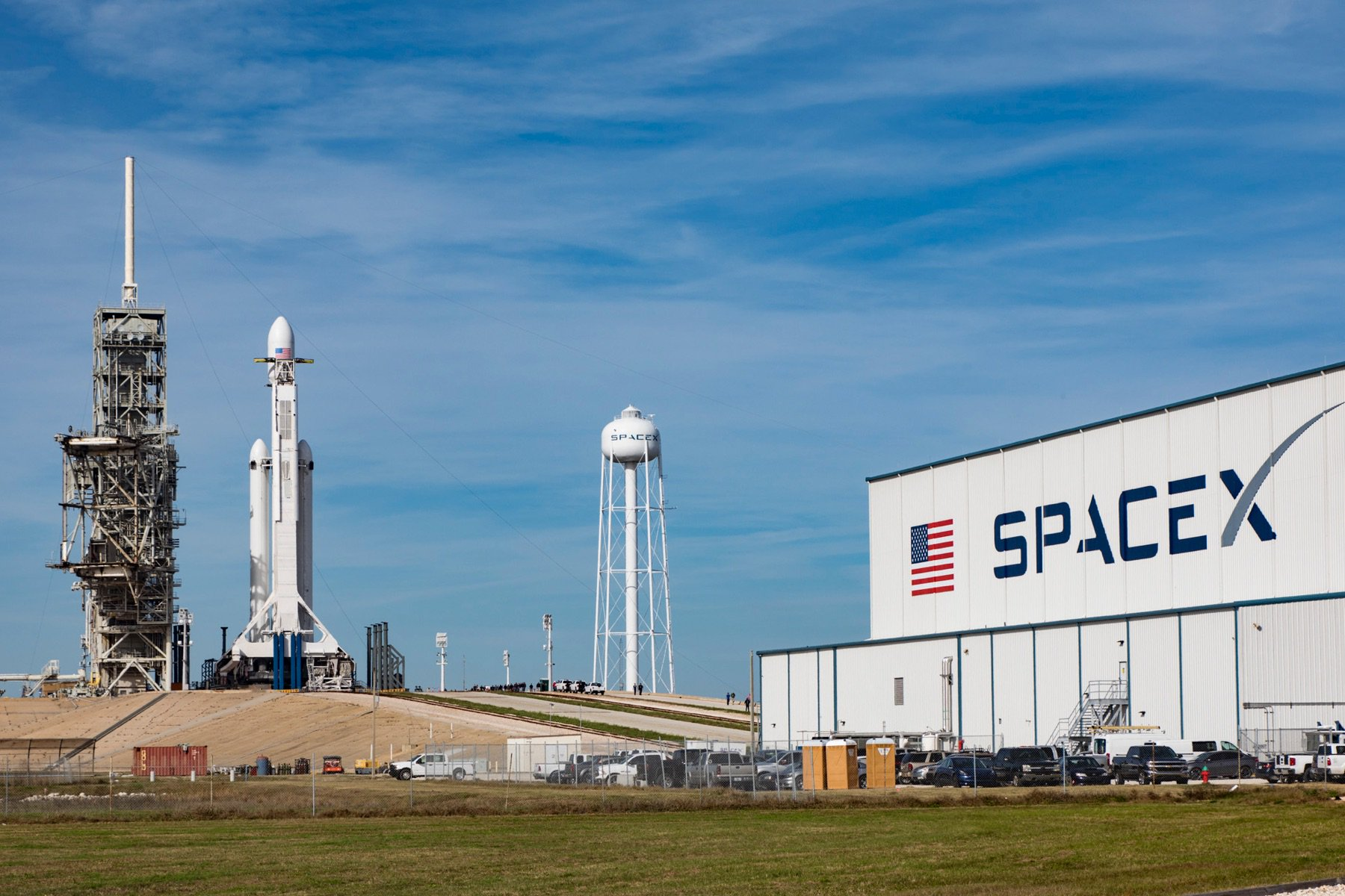 SpaceX and United Launch Alliance land $640 million in Air Force launches https://t.co/5KsEVbSCht by @etherington https://t.co/Cc56NOg271