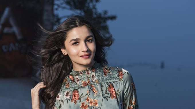 Happy birthday to me: Alia Bhatt says movies make her feel alive