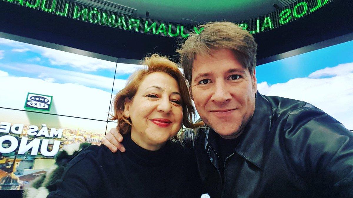 Hoy con la GRAN Carmen Machi!!!! @MasDeU...