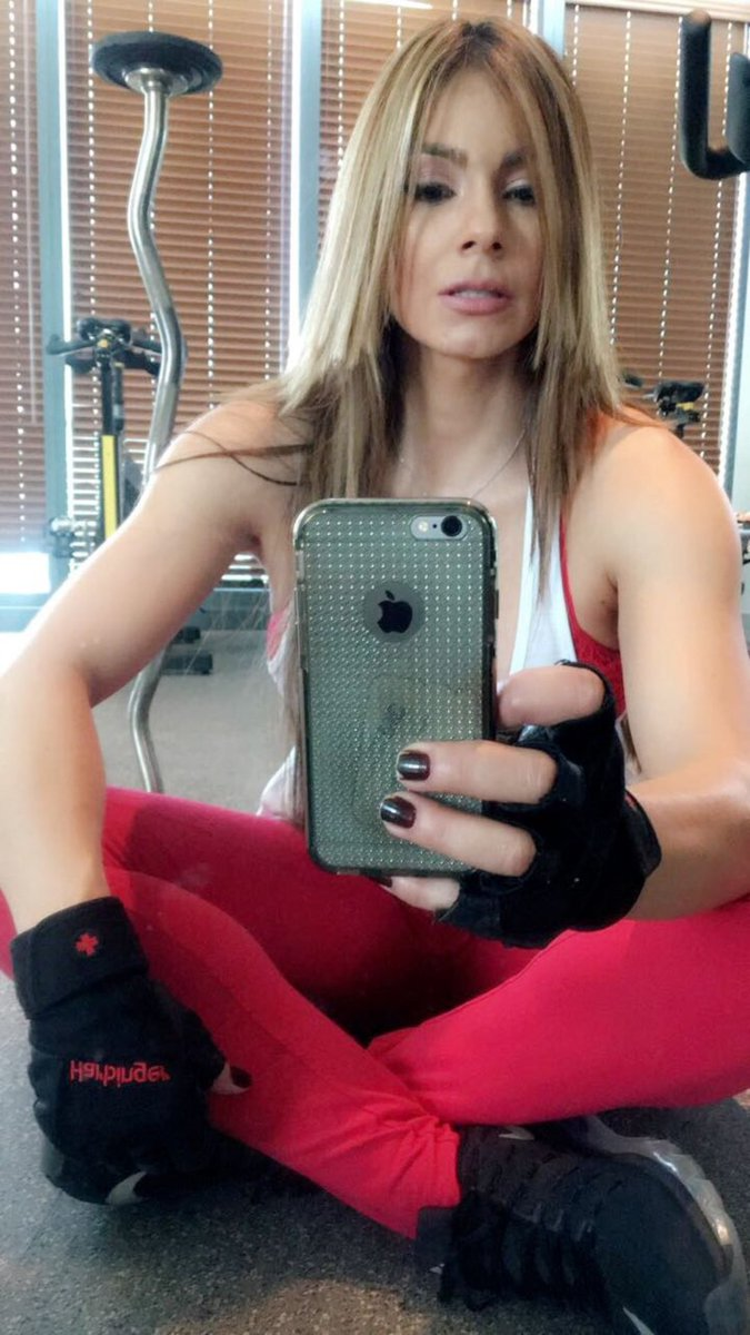 Selfie Esperanza Gomez nudes (25 photos), Tits, Cleavage, Twitter, cleavage 2019