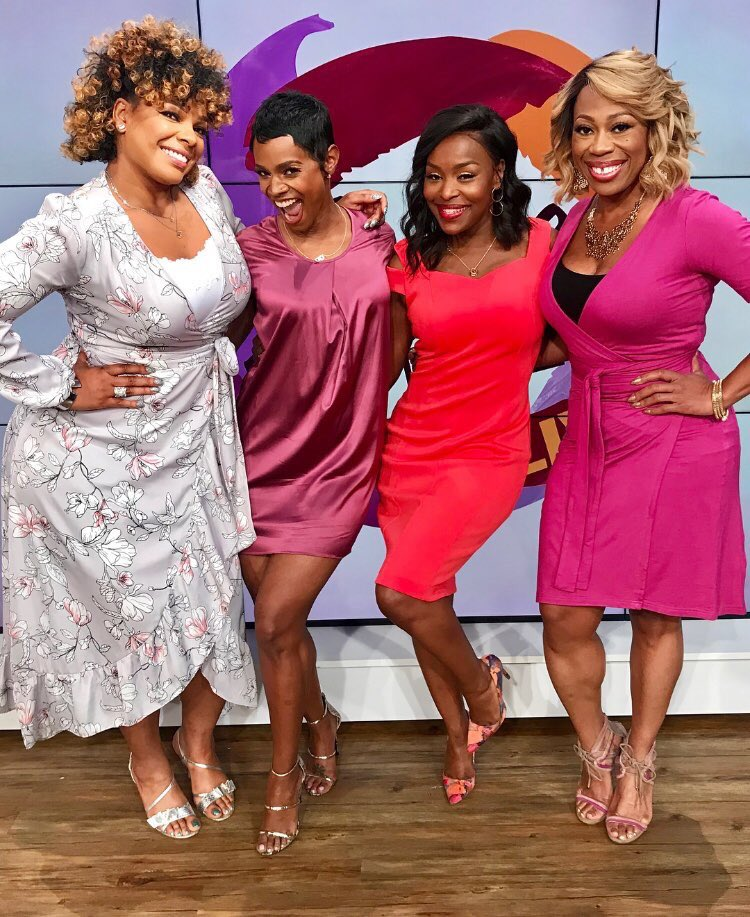 Hey!!! Tune in at 12pm est @sistercircletv on @tvonetv