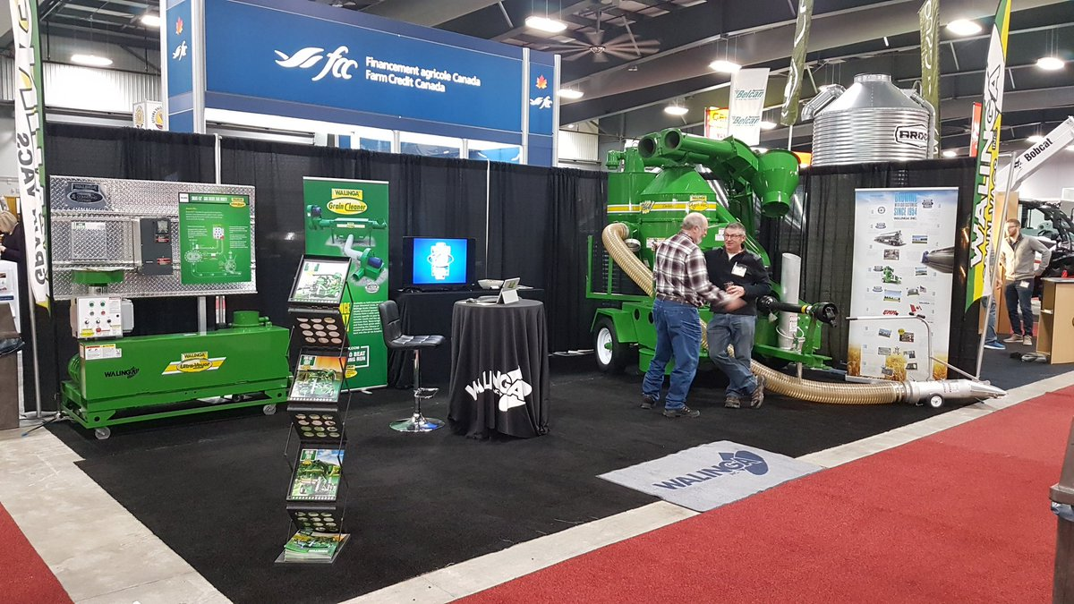 Day 3 @OttawaFarmShow come and see the @WalingaInc equipment. #grainvac #ultraveyor #OVFS18. https://t.co/tY3CpQJ2p8