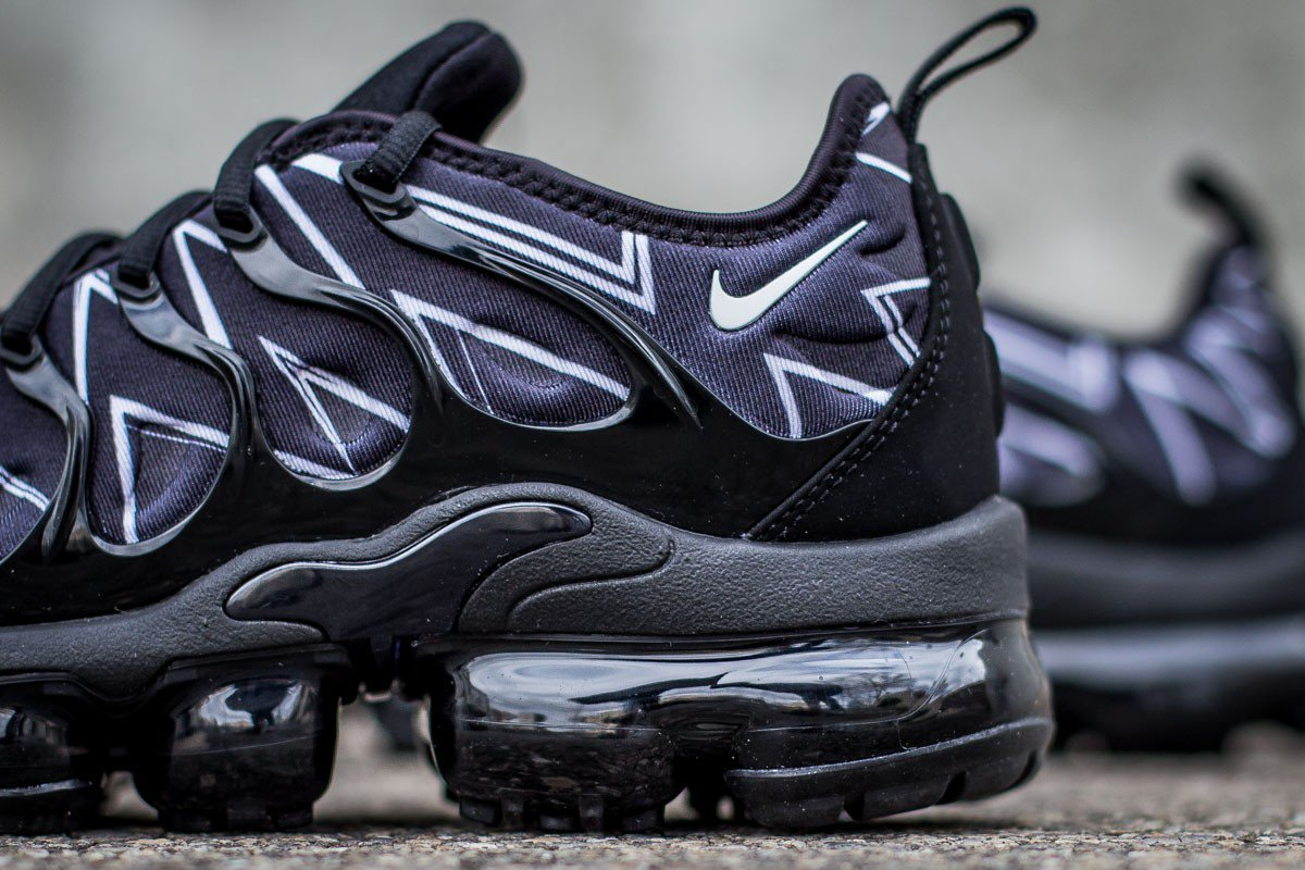 1d358bf668d4e New release  Nike AIR VAPORMAX PLUS HL QS BLACK WHITE   AJ6312-001 Instore  and online ...