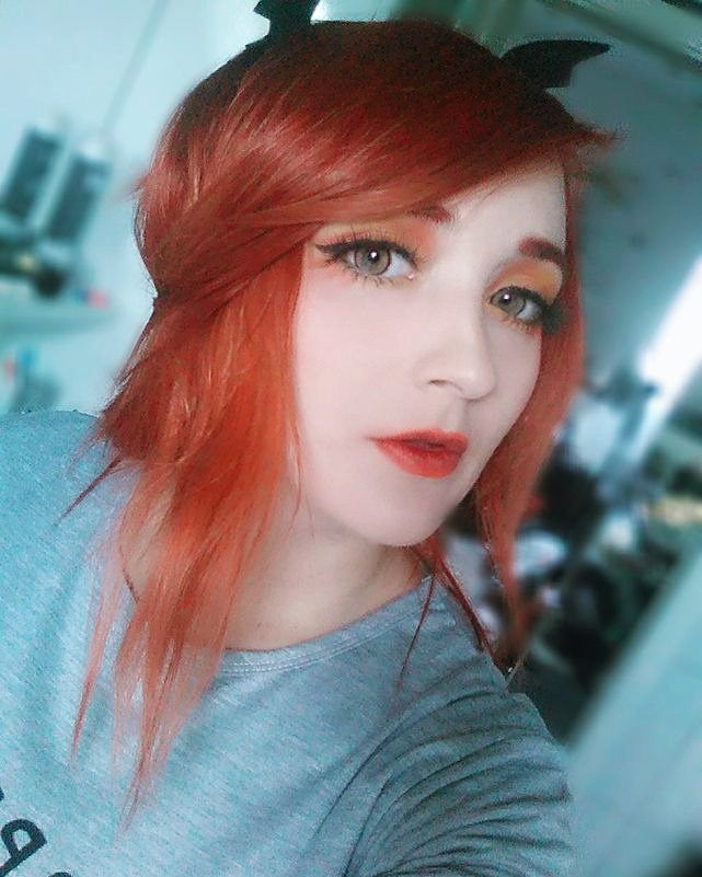 Bombom On Twitter Make Up Selfie Today I Already Miss My Red