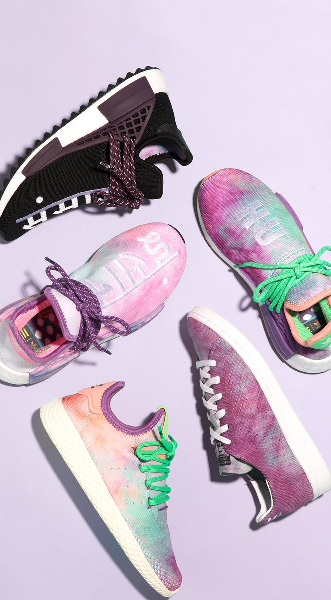 e2061eb69 PW Hu HOLI Stan Smith   Tennis Hu are releasing at 00.00 CET. PW Hu HOLI NMD  MC are to be announced.. http   bit.ly 2papGN0 pic.twitter.com f7bi8PQYnU
