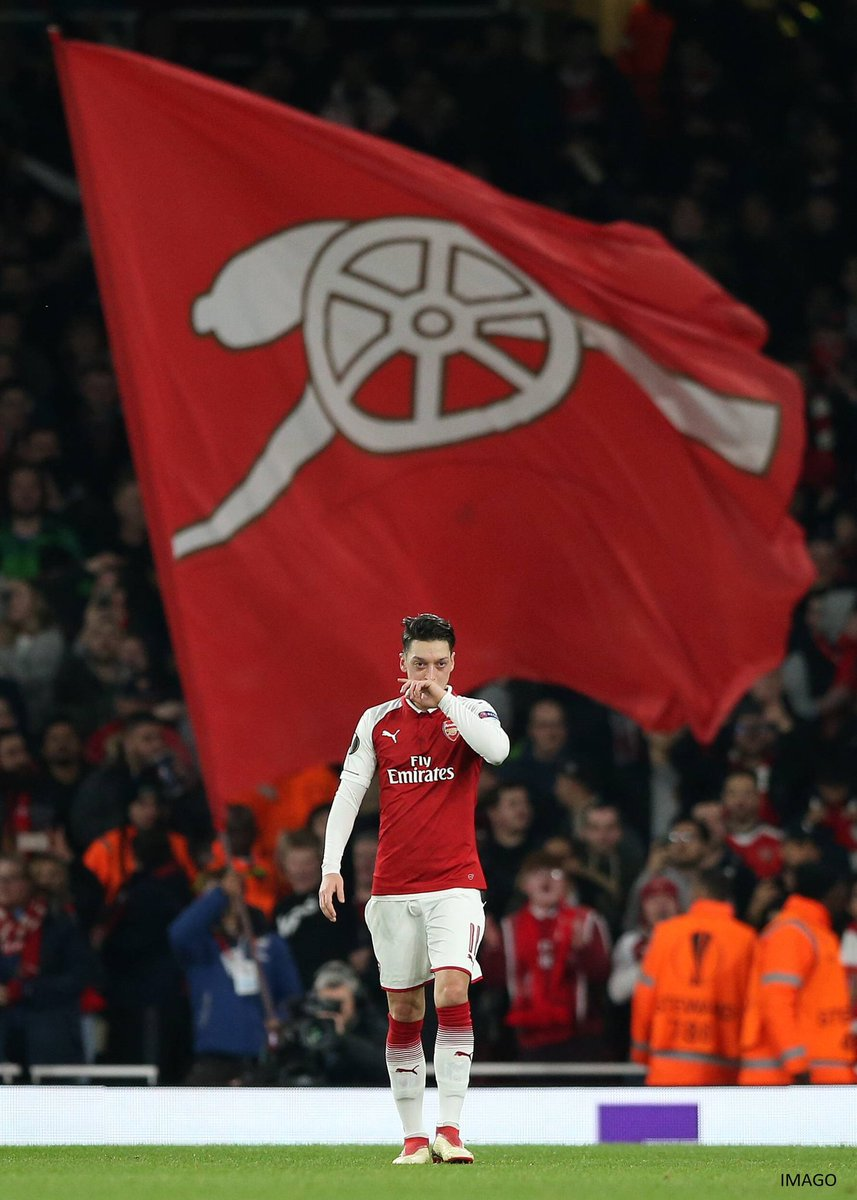 The @Arsenal flags keep blowing across Europe ...🔴⚽ #YaGunnersYa #NextRound #UEL