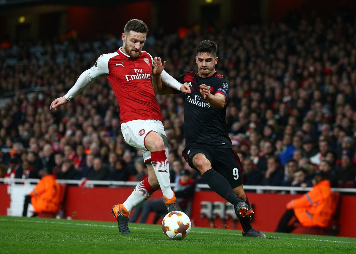 Shkodran Mustafi's photo on Arsenal
