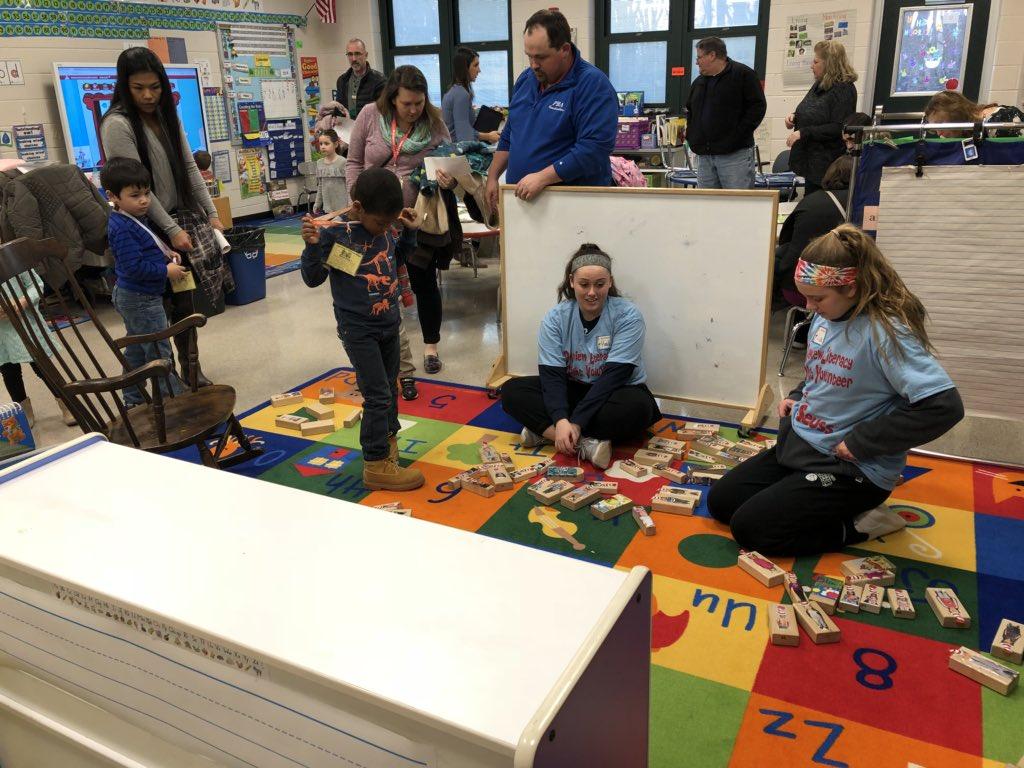 Rebekah Schultz On Twitter Pre School Is Buzzing With Literacy