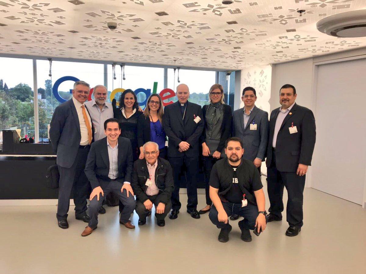 Me ha gustado mucho conocer las instalaciones de @googlemexico. Agradezco las atenciones y el panorama que me han abierto del mundo digital. ¡Un gran reto estar a la vanguardia!