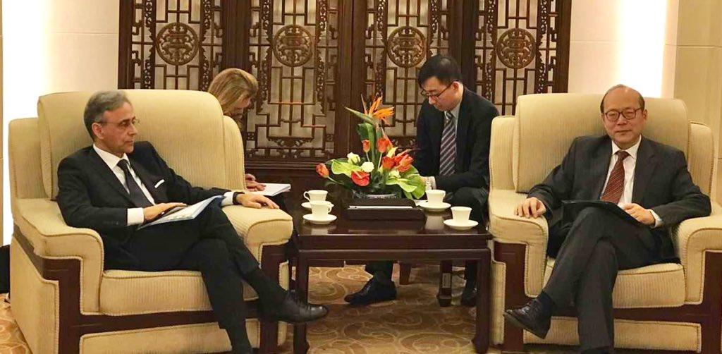 Con Direttore Generale del Ministero degli Esteri🇨🇳 parliamo di #BeltandRoad, interessi del business🇮🇹 in Cina e di come promuovere i rapporti bilaterali. @ItalyMFA