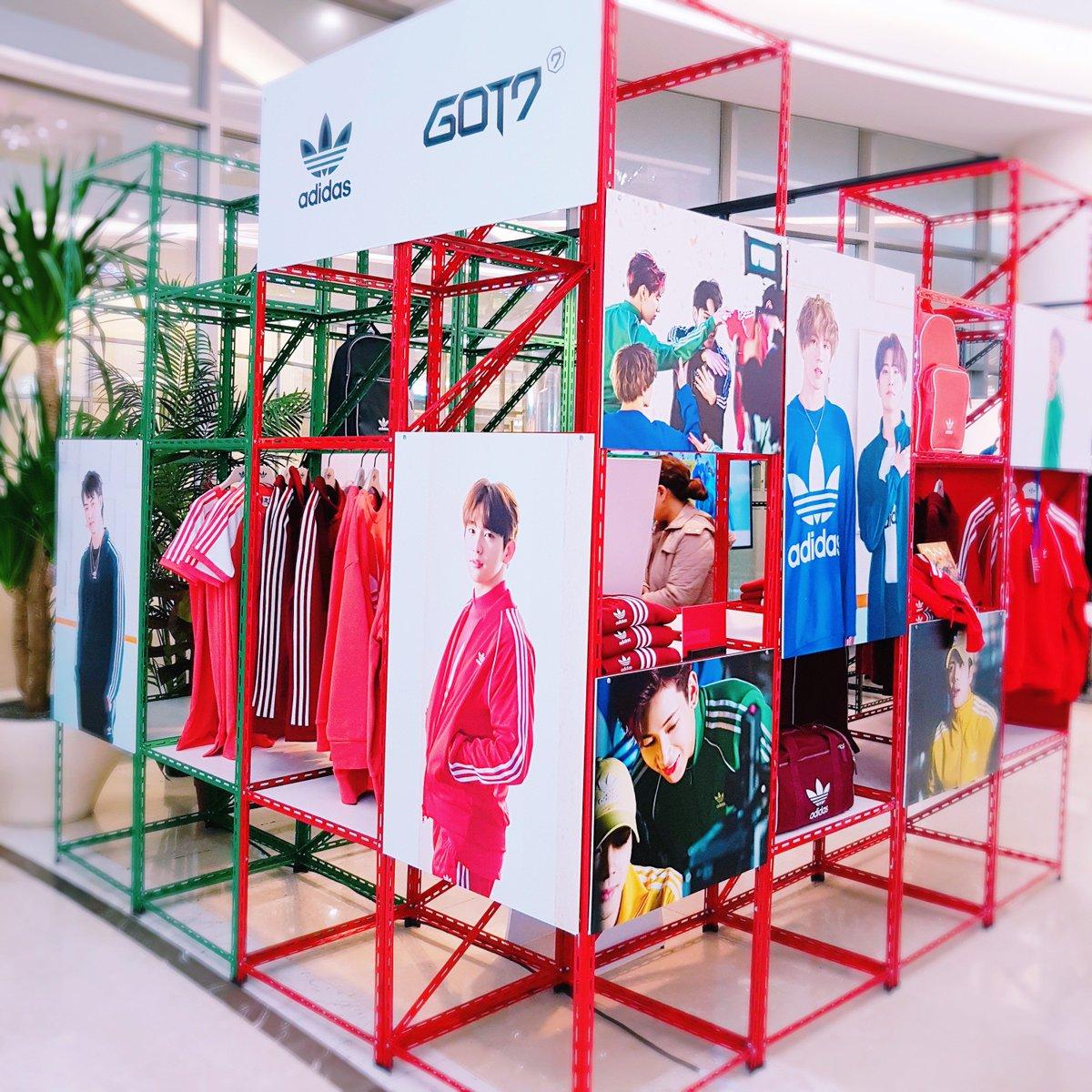 GOT7 X adidas Pop-up Store @ TIMESQUARE 2018.03.15 - 2018.03.18  #GOT7 #갓세븐 #EyesOnYou #Look #adidas #아디다스
