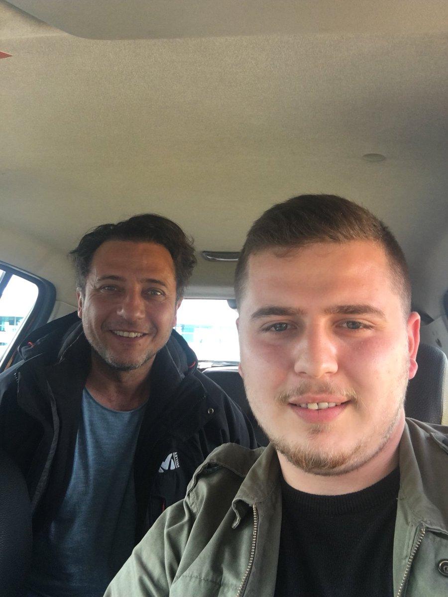 ubere out Sarı Taksi İn dedi @baris_oruc...