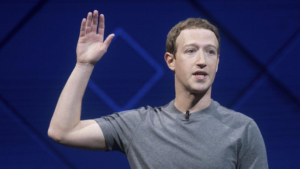 .@Facebook's user-data scandal wiped out nearly $75 billion in market value in one week https://t.co/yUcLnoNEBi https://t.co/RmWoWXzFW5