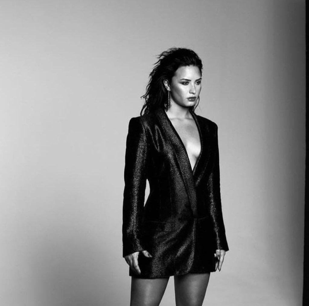 #fbf to the album cover shoot ��: @KRITIKOZZZ https://t.co/CopKG9upSw