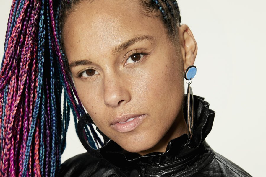 .@AliciaKeys has signed on to produce a biopic about famed choreographer Alvin Ailey. https://t.co/olg3qlUveX