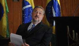 Palocci quer STF julgue seu habeas corpus no mesmo dia do pedido de Lula https://t.co/yKN8MCw5oD