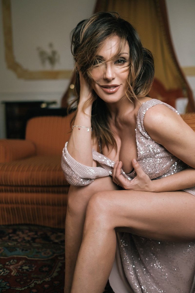 Twitter Sabrina Salerno naked (88 photo), Pussy, Cleavage, Feet, butt 2018