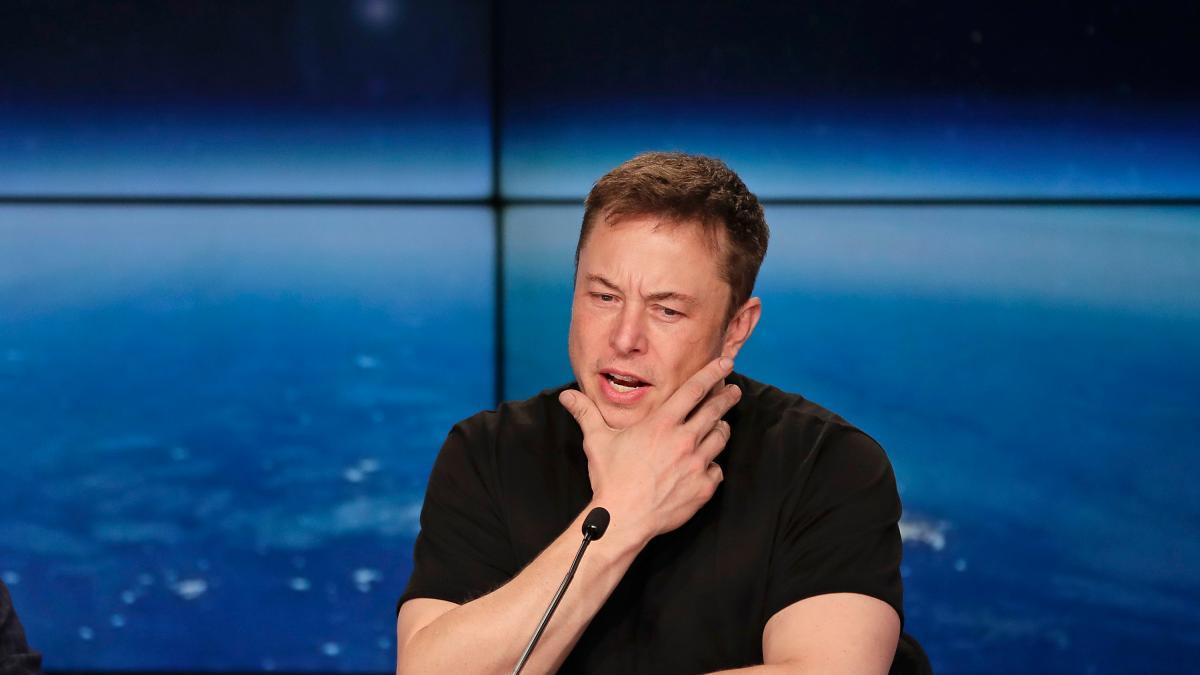 Elon Musk löscht die Facebook-Seite von Tesla https://t.co/aP85JUg2EO #deletefacebook