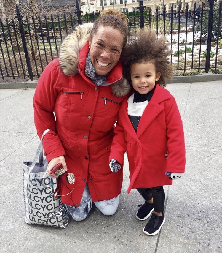 When u cross paths with your mini me , u must stop and #smile ! #curlyhair #redcoats #nyc  @aria_is_chicc @ABC7NY